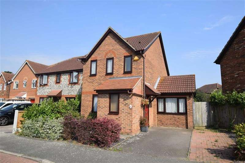 3 Bedrooms Detached House for sale in Kingston Chase, Heybridge, Essex