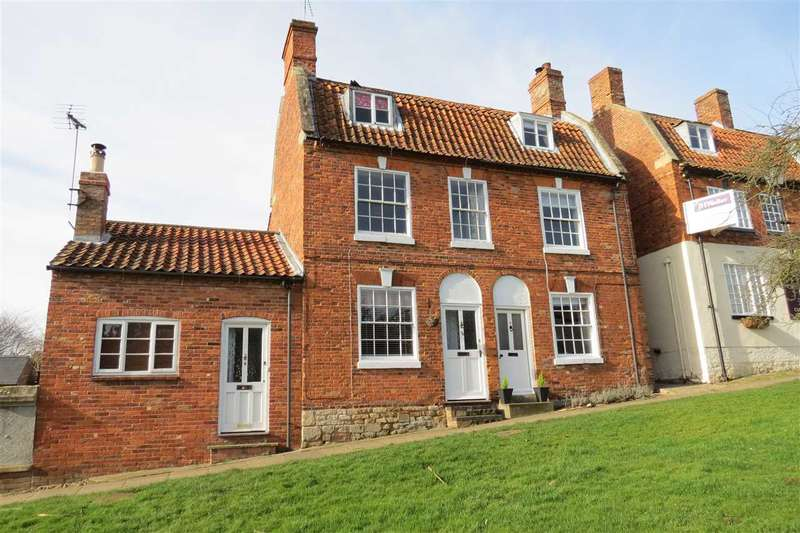3 Bedrooms Semi Detached House for sale in Market Place, Folkingham