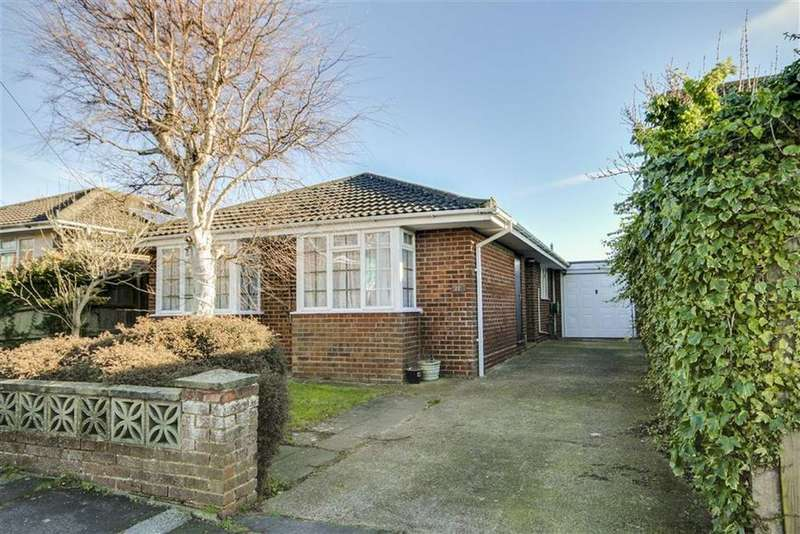 3 Bedrooms Detached Bungalow for sale in Downswalk, Peachaven