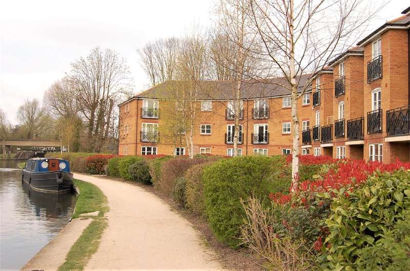 2 Bedrooms Flat for sale in Apsley Lock, Hemel Hempstead