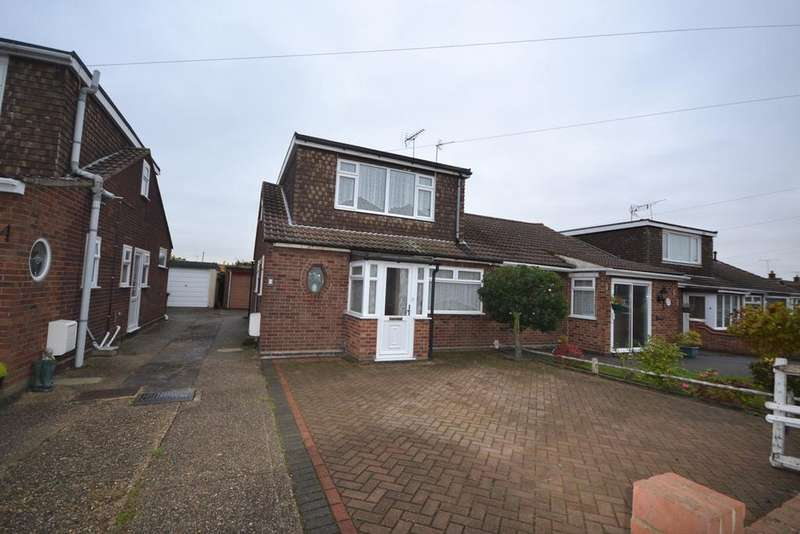3 Bedrooms Chalet House for sale in Sanctuary Gardens, STANFORD-LE-HOPE, SS17