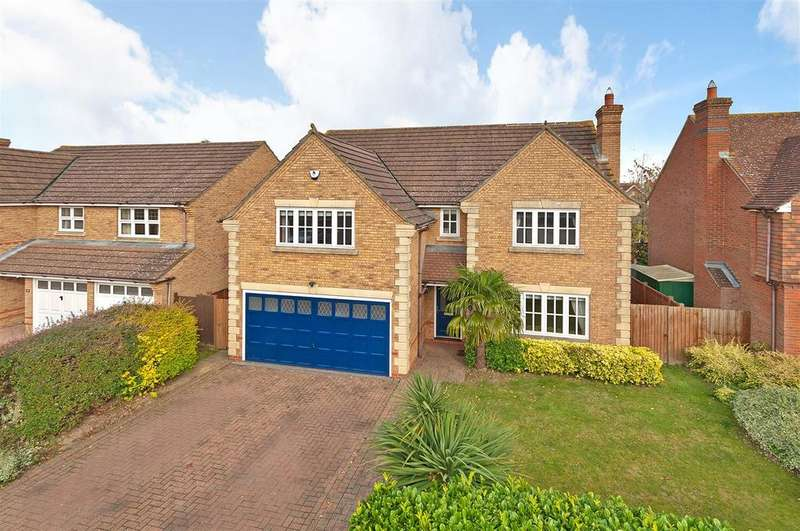 4 Bedrooms Detached House for sale in Braeburn Way, Kings Hill, ME19 4EP
