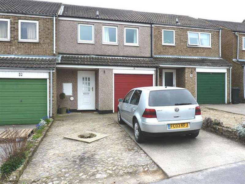3 Bedrooms Terraced House for sale in Conyers Close, Richmond, North Yorkshire