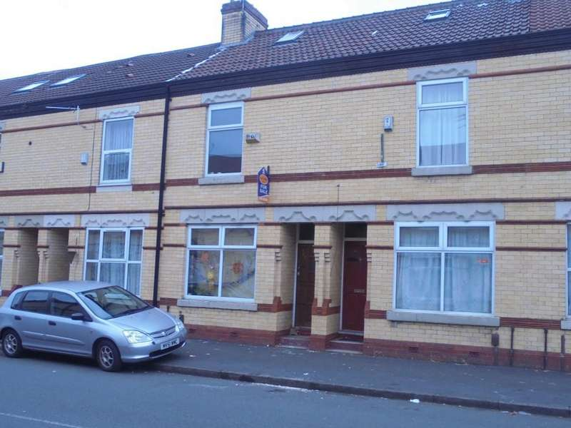 4 Bedrooms Terraced House for sale in Stovell Avenue, Longsight, Manchester, M12