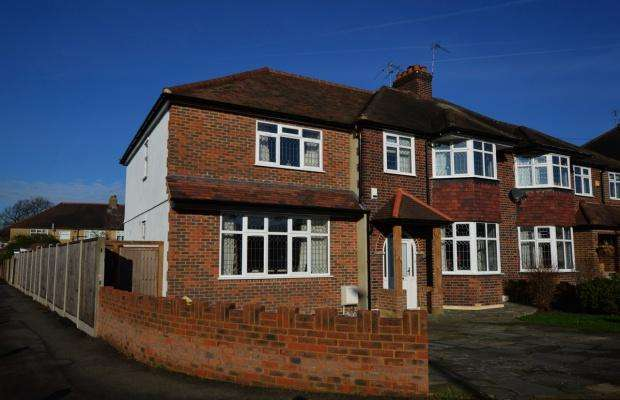 5 Bedrooms Semi Detached House for sale in Craddocks Avenue, Ashtead, KT21