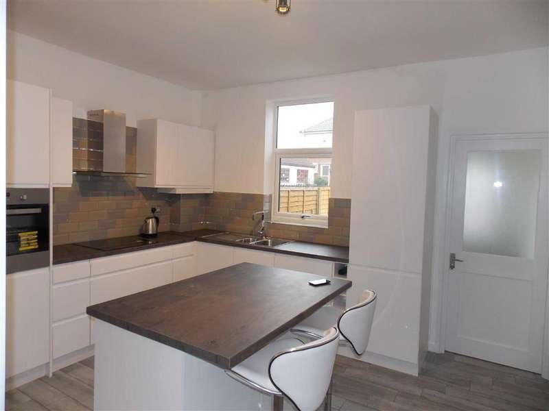 3 Bedrooms Terraced House for sale in West Street, Hemsworth, Wakefield, WF9