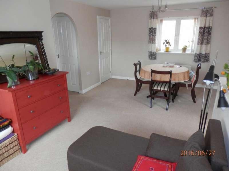 2 Bedrooms Flat for sale in Jamaica Gardens, Coedkernew