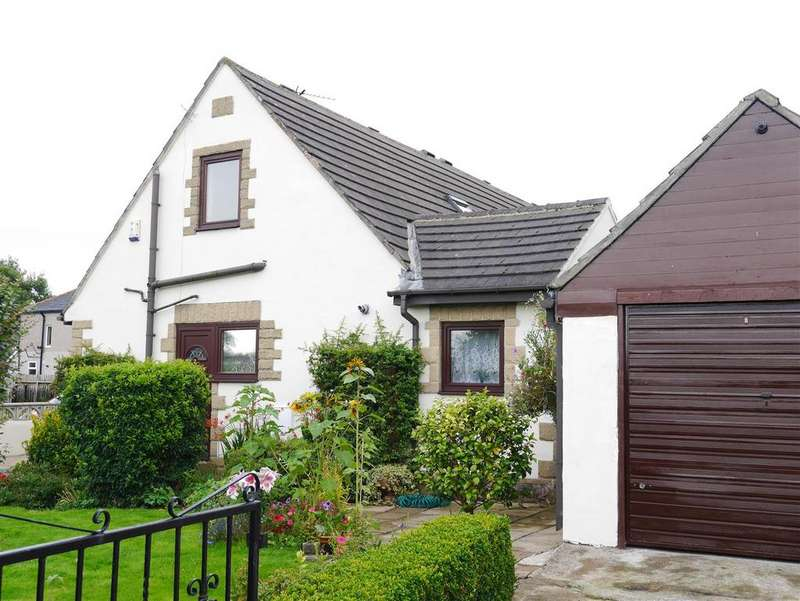 3 Bedrooms Semi Detached House for sale in Knowles Lane, Dudley Hill, BD4