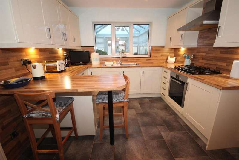 4 Bedrooms Detached House for sale in Dauntless Close, Hartlepool