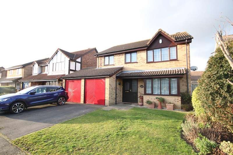 4 Bedrooms Detached House for sale in Pear Tree Close, Lower Stondon, Henlow, SG16
