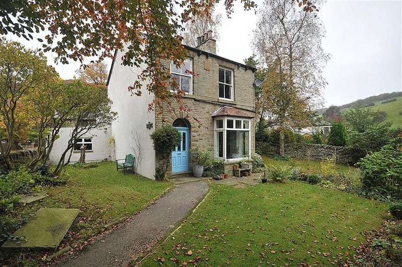 4 Bedrooms Detached House for sale in Kerridge Road, Macclesfield