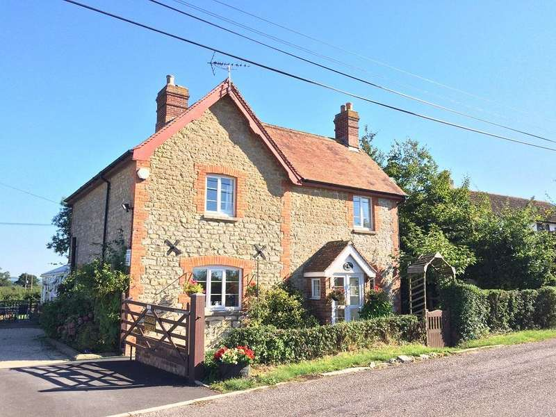5 Bedrooms Detached House for sale in Pulham, Dorchester