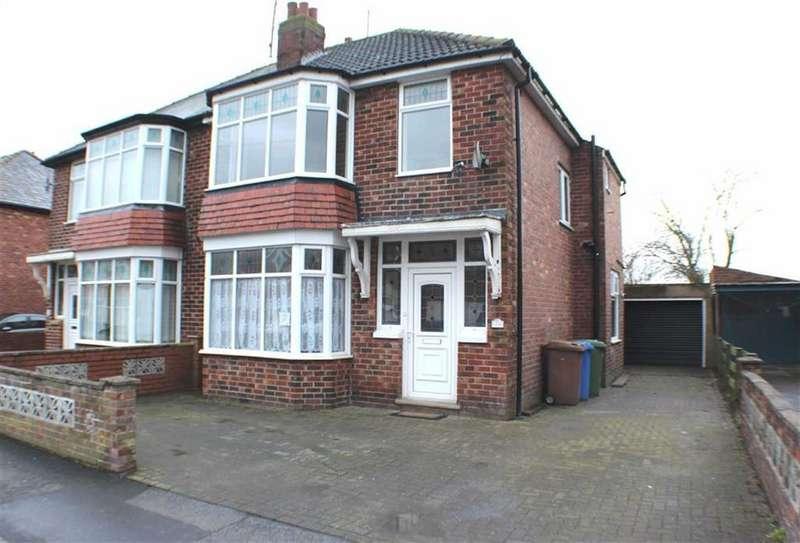 3 Bedrooms Semi Detached House for sale in St Stephen Road, Bridlington, East Yorkshire