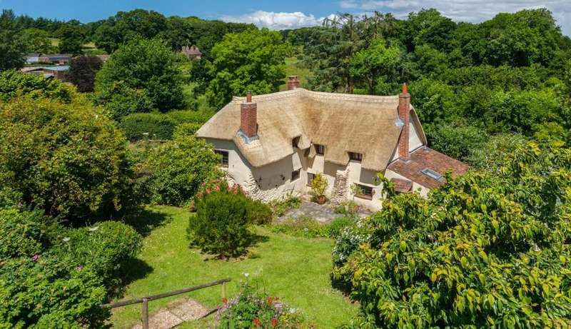 3 Bedrooms Cottage House for sale in Cockercombe, Over Stowey, Bridgwater