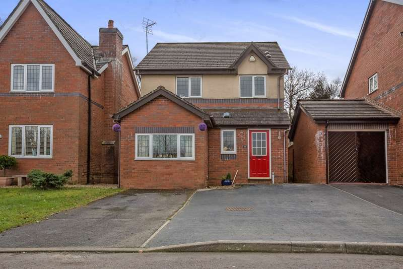 3 Bedrooms Detached House for sale in Clos Cerdinen, Tircoed Forest Village, Swansea