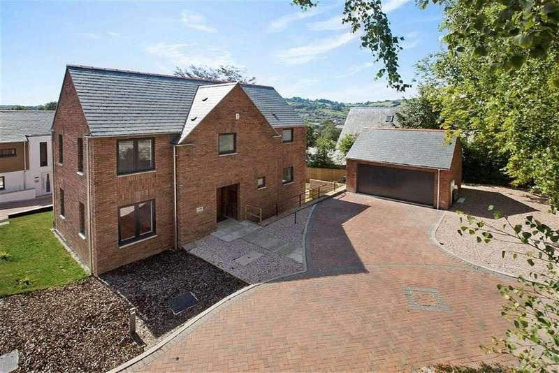 4 Bedrooms Detached House for sale in Redlands, Bridgetown Hill, Totnes, Devon, TQ9