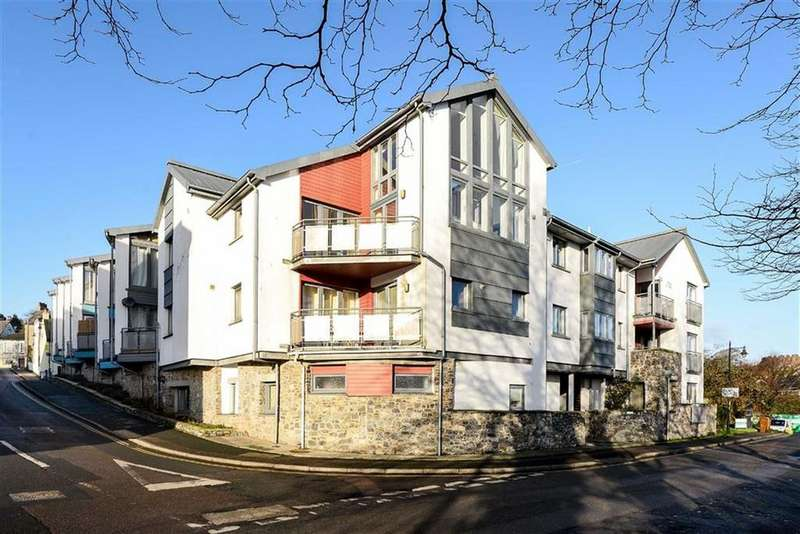 3 Bedrooms Apartment Flat for sale in Leechwell Court, Totnes, Devon, TQ9