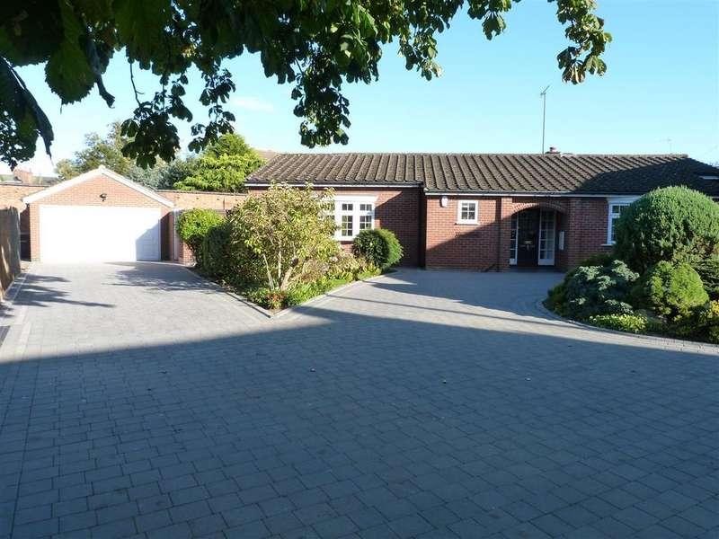 3 Bedrooms Detached Bungalow for sale in Bell Lane, Husbands Bosworth, Lutterworth