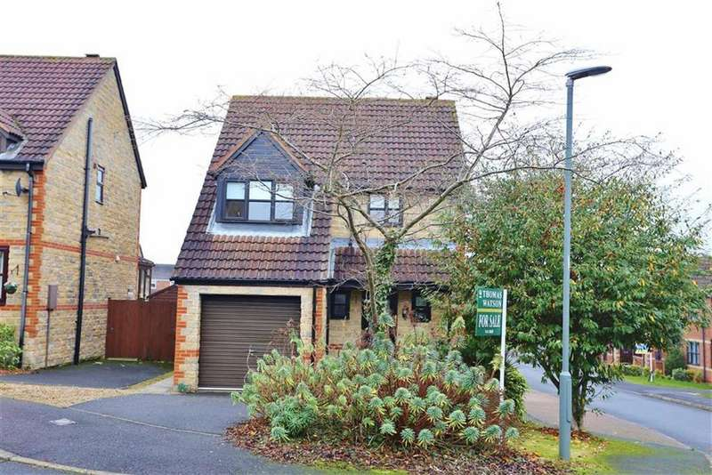 3 Bedrooms Detached House for sale in St Godrics Drive, West Rainton, Houghton Le Spring, DH4
