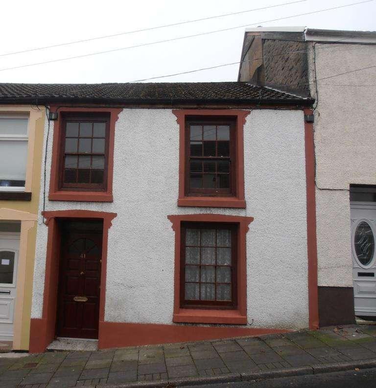 3 Bedrooms Terraced House for sale in Ynysllwyd Street, Aberdare
