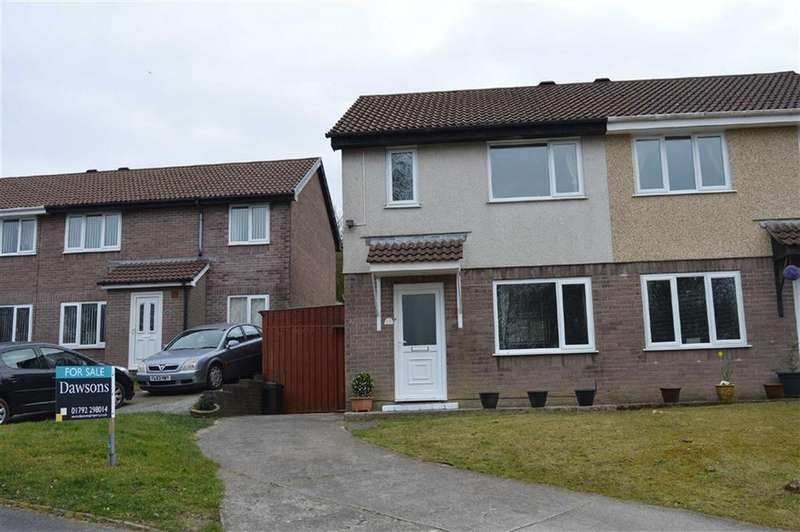 3 Bedrooms Semi Detached House for sale in St Nicholas Close, Waunarlwydd, Swansea