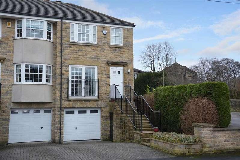 3 Bedrooms House for sale in Barcroft Grove, Yeadon, Leeds