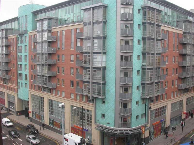 2 Bedrooms Apartment Flat for rent in W3, Southern Gateway, Manchester, M1