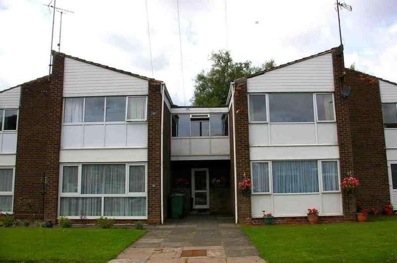 2 Bedrooms Apartment Flat for sale in Chadbury Road, Halesowen