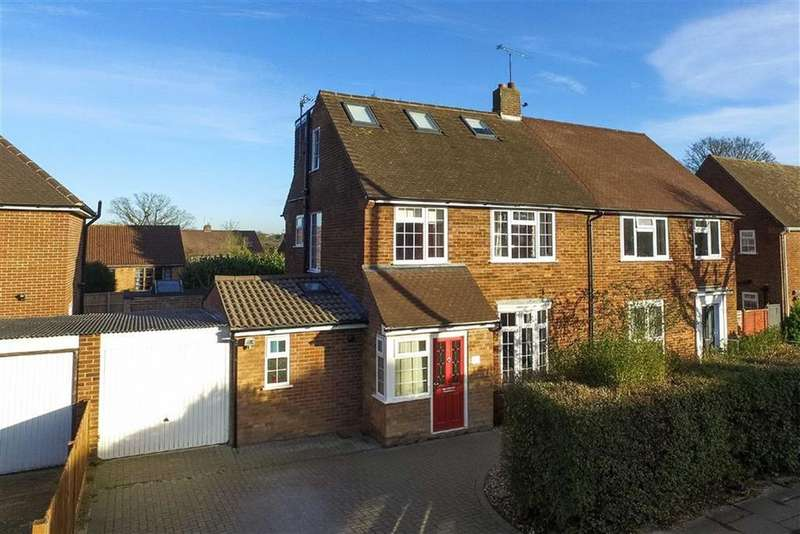 4 Bedrooms Semi Detached House for sale in Gorham Drive, St Albans, Herts
