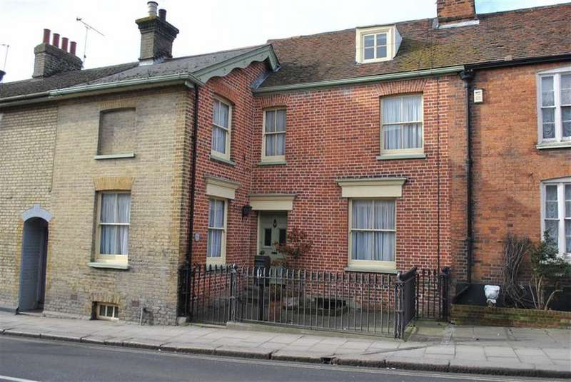 3 Bedrooms Terraced House for sale in South Street, Rochford, Essex