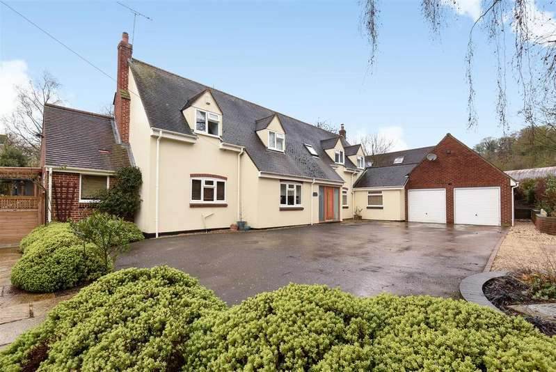 4 Bedrooms Detached House for sale in Blenheim Road, Horspath, Oxford