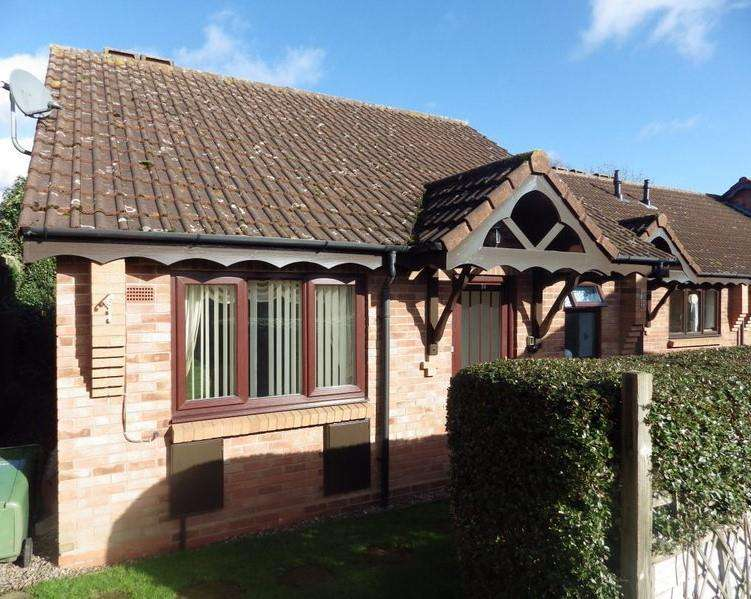 1 Bedroom Terraced Bungalow for sale in Stourbridge Road, Halesowen