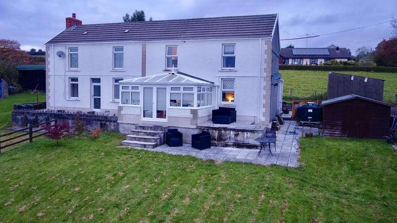 3 Bedrooms Semi Detached House for sale in Bryn Road, Upper Brynamman, Ammanford