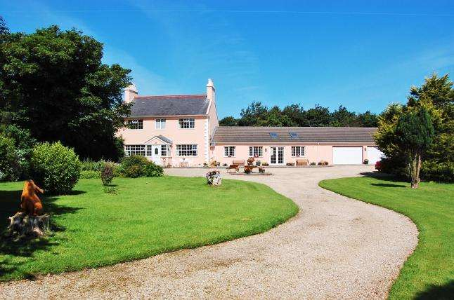 3 Bedrooms House for sale in Leodest Road, Andreas, IM7 3EG