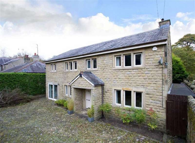 4 Bedrooms Detached House for sale in Barleydale Road, Barrowford, Lancashire
