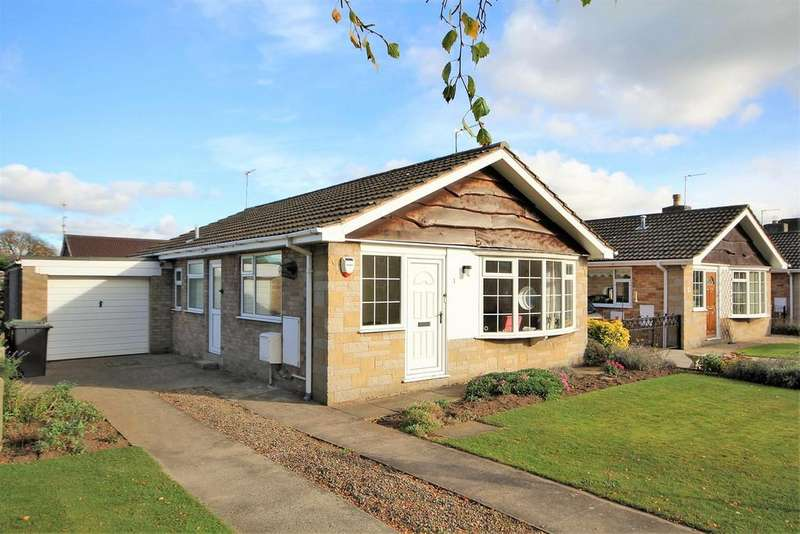 2 Bedrooms Detached Bungalow for sale in Deerstone Way, Dunnington, York, YO19