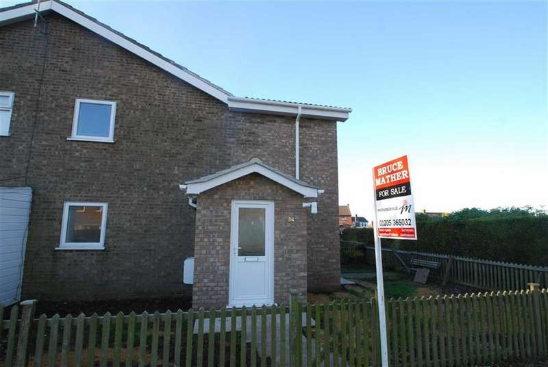 2 Bedrooms Terraced House for sale in Peter Paine Close, Butterwick, Boston