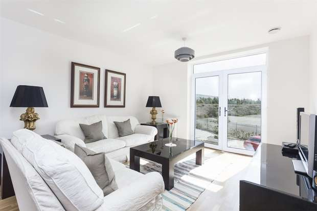 1 Bedroom Flat for sale in Falcondale Court, Lakeside Drive, Park Royal