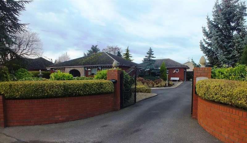3 Bedrooms Detached Bungalow for sale in Foxes Low Road, Holbeach