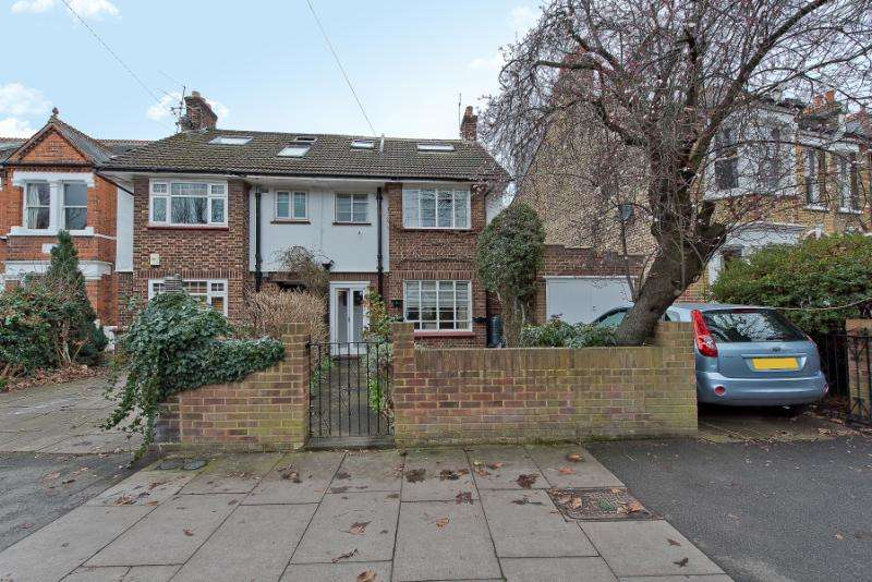 4 Bedrooms Semi Detached House for sale in Fairlawn Road, London, SW19