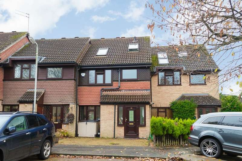 4 Bedrooms Terraced House for sale in Peerless Drive, Harefield, Middlesex