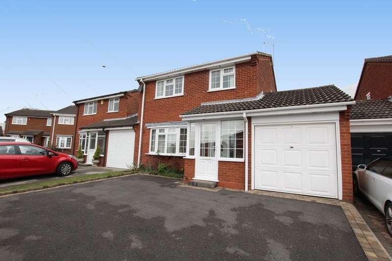 3 Bedrooms Semi Detached House for sale in Oak Farm Close, Walmley, Sutton Coldfield, B76 1PJ