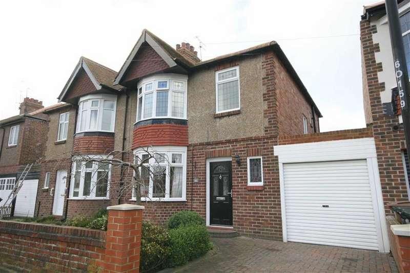 3 Bedrooms Semi Detached House for sale in Oakland Road, Monkseaton, Tyne Wear, NE25