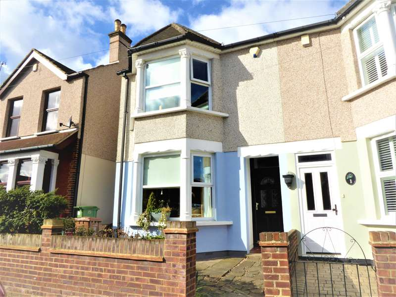 3 Bedrooms Semi Detached House for sale in Hansol Road, South Bexleyheath, Kent, DA6 8JQ