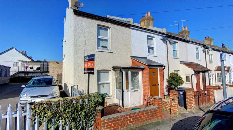 2 Bedrooms Terraced House for sale in Bloomfield Road, Bromley, Kent