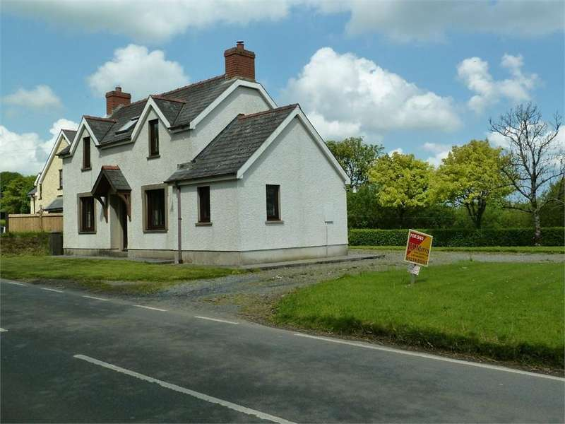 3 Bedrooms Detached House for sale in Neuaddle, Boncath, Pembrokeshire