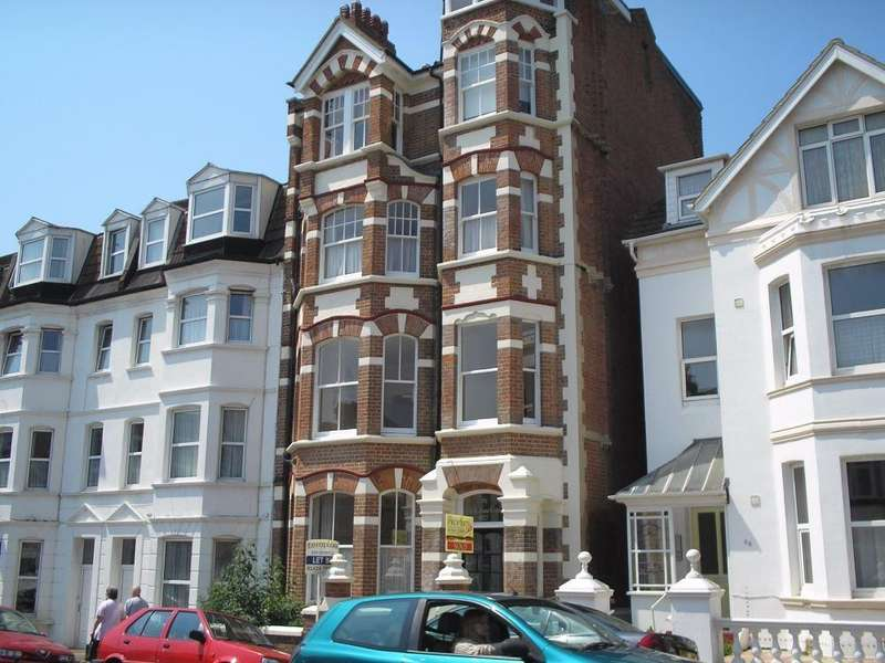 2 Bedrooms Flat for sale in Sea Road, Bexhill-On-Sea