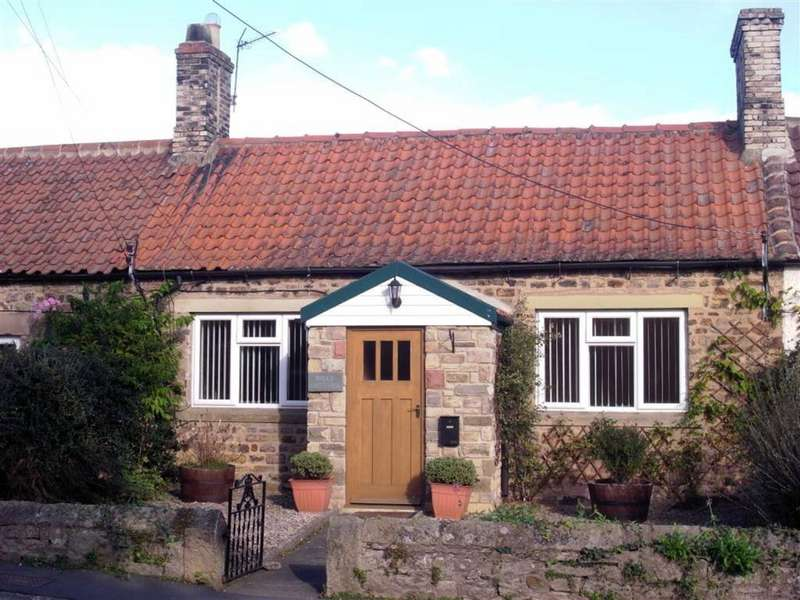 2 Bedrooms Terraced House for sale in Front Street, Winston, Darlington