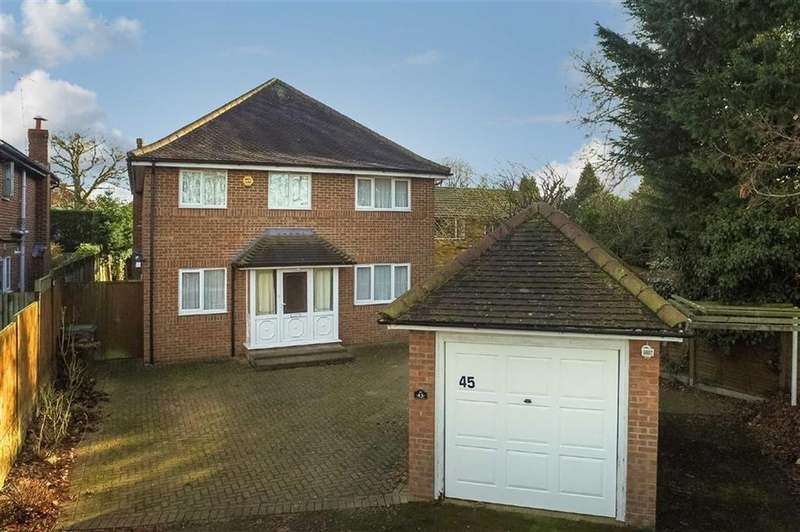 4 Bedrooms Detached House for sale in Runcie Close, St Albans, Hertfordshire