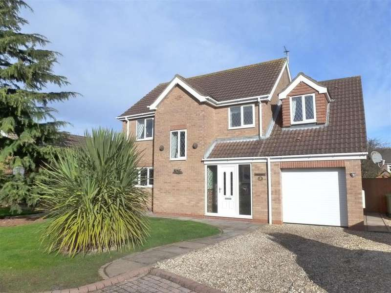 4 Bedrooms Detached House for sale in Chaffinch Drive, Cleethorpes